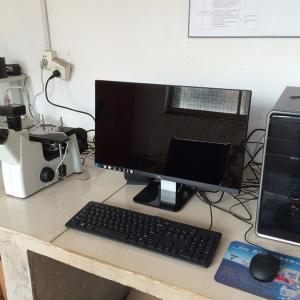 UF100倒置金相显微镜